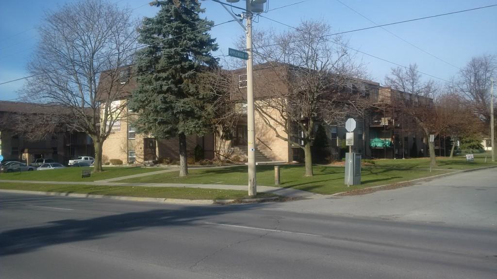 4 applewood dr  5, Belleville Ontario, Canada