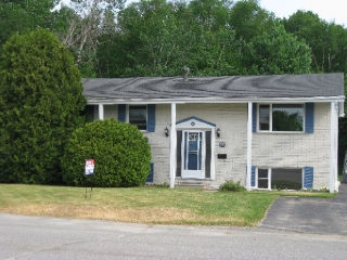 292 eleventh ave, Lively Ontario, Canada