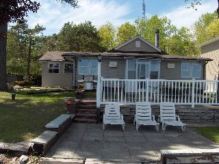 3197 crescent bay rd, Severn Township Ontario, Canada Located on Lake Couchiching