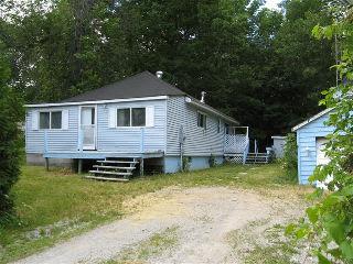 20OWENST, Oro-Medonte Township, Ontario, Canada