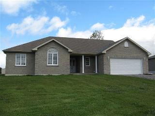 4695ZACHARYCRES, Ramara Township Ontario, Canada