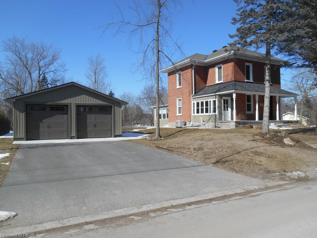 43 clementi street, Lakefield Ontario, Canada