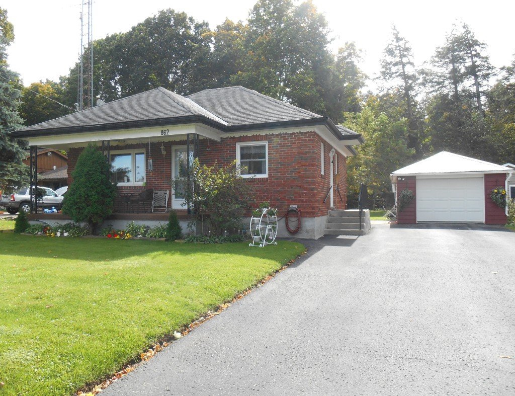 862 south st, Warsaw Ontario, Canada