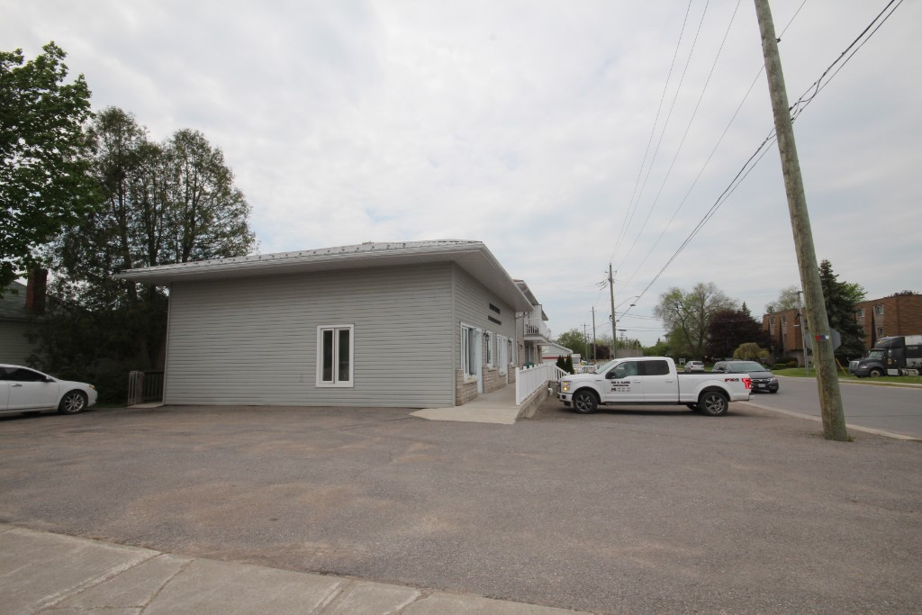 159 cockburn st, Campbellford Ontario, Canada