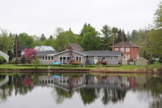 473 victoria st north, Tweed Ontario, Canada Located on Moira River
