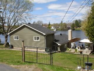 4259 maple dr, Verona Ontario, Canada