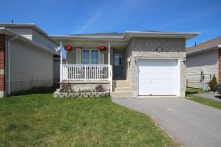 798 PEACHWOOD ST, Kingston Ontario