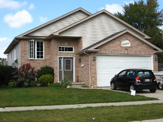 99 middlesex dr, Strathroy Ontario, Canada