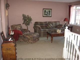 38 juniper cr, Strathroy Ontario, Canada