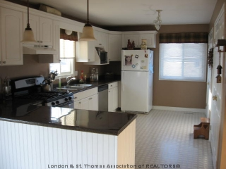 27937 pike rd., Strathroy Ontario, Canada
