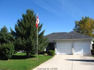127 moffatt la, Strathroy Ontario, Canada