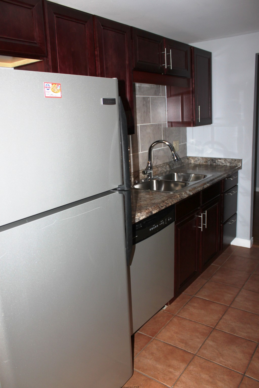 Kitchen Small Appliances London Ontario - 155 kent st 1103 london ontario