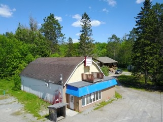 4116 county road 121, Kinmount Ontario, Canada Located on Burnt River