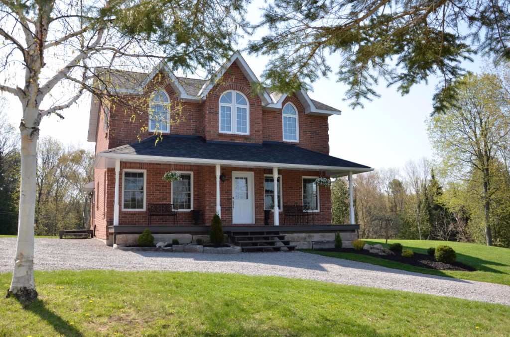 10736 COUNTY ROAD 503, Gooderham Ontario, Canada Located on Irondale River