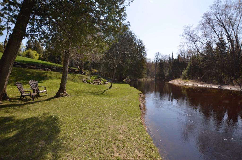 10736 COUNTY ROAD 503, Gooderham Ontario, Canada
