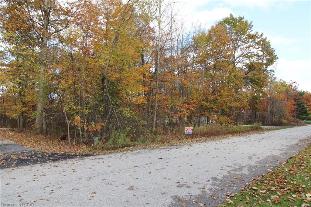 8354 oakwood drive, Lambton Shores Ontario, Canada