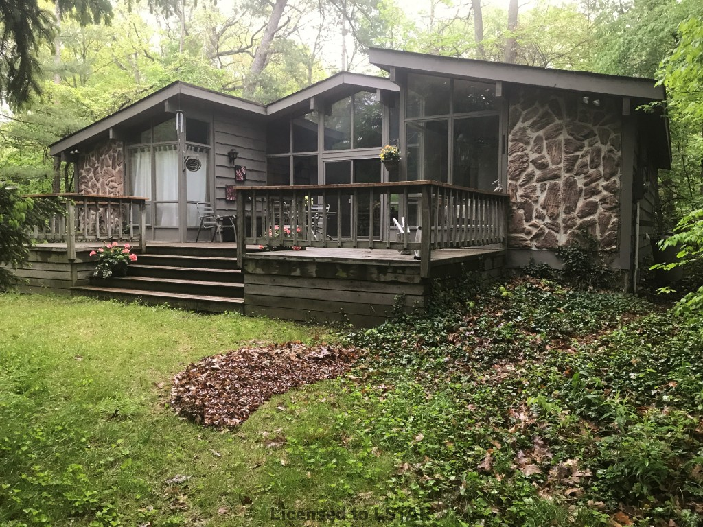 10313 Pines Pw, Grand Bend Ontario