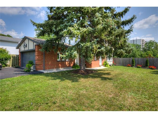 204 country hill drive w, Kitchener Ontario, Canada