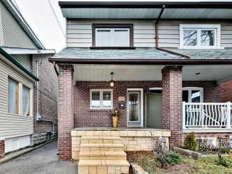 116 Peterborough Avenue, Toronto Ontario