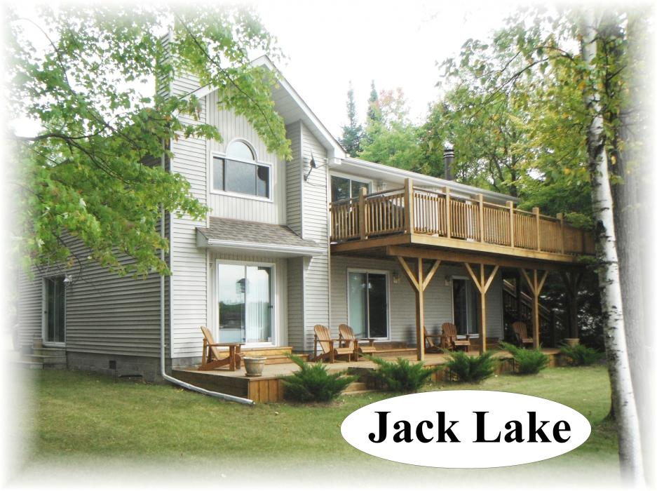 164 fr 85d, Apsley Ontario, Canada Located on Jack's Lake