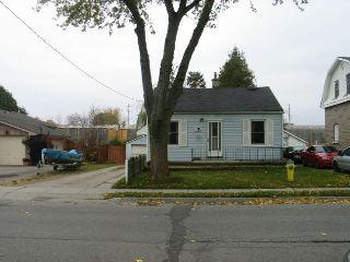 64 Norfolk Av, Cambridge Ontario