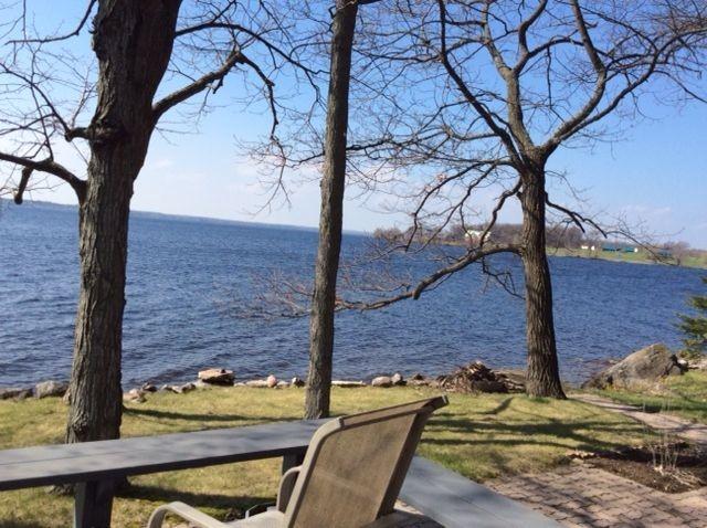 300 fothergill isle, Ennismore Ontario, Canada