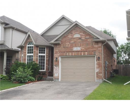 527 little dover cr, Waterloo Ontario, Canada