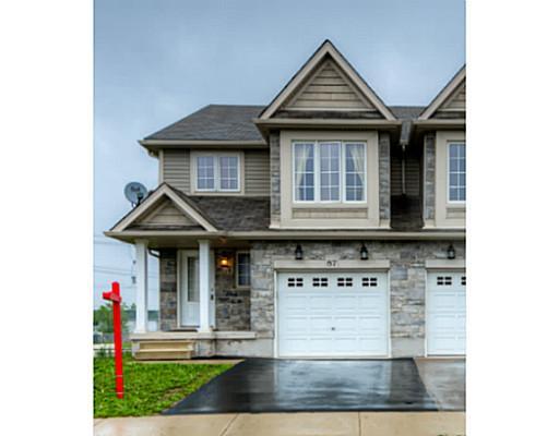 87 iron gate st, Kitchener Ontario, Canada