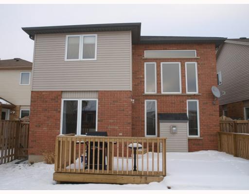836 brandenburg bl, Waterloo Ontario, Canada