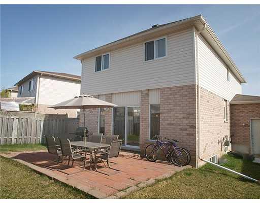 208 oprington pl, Kitchener Ontario, Canada