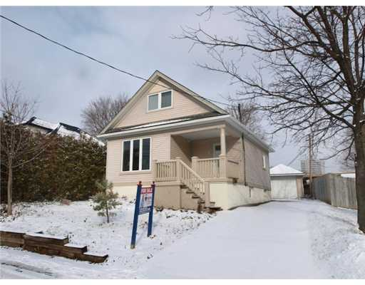 126 whitney pl, Kitchener Ontario, Canada