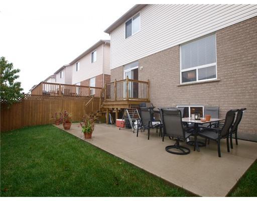 696 commonwealth cr, Kitchener Ontario, Canada