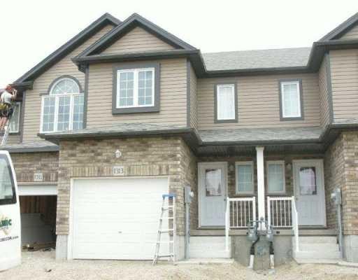 1313 countrystone dr, Kitchener Ontario, Canada