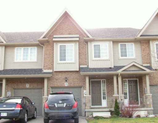 916 zeller cr, Kitchener Ontario, Canada