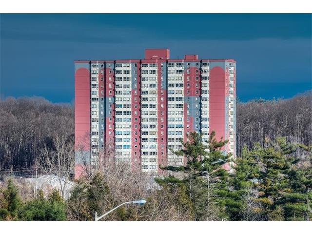 1203 55 green valley drive, Kitchener Ontario, Canada