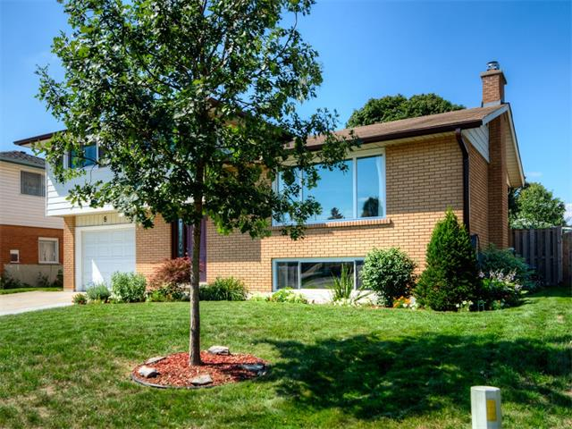 8 hudson court, Kitchener Ontario, Canada