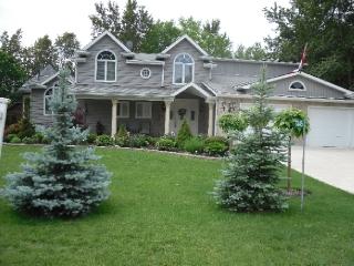 7445 Sanderson Rd, Lambton Shores Ontario, Canada