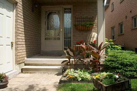 bayview & mulock, Newmarket Ontario, Canada