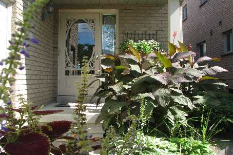 sold above list price in 8 days!, Newmarket Ontario, Canada