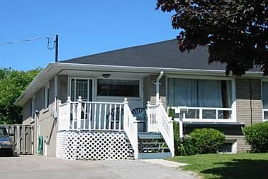 76 harrison dr, Newmarket Ontario, Canada
