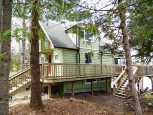 48 deerfield rd, McKellar Ontario, Canada Located on Manitouwabing Lake