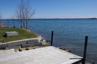 17 bayview lane, Wolfe Island Ontario, Canada