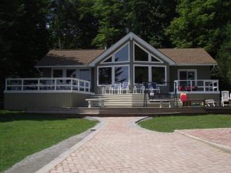 32347 waubawzee road, Parry Island Ontario, Canada