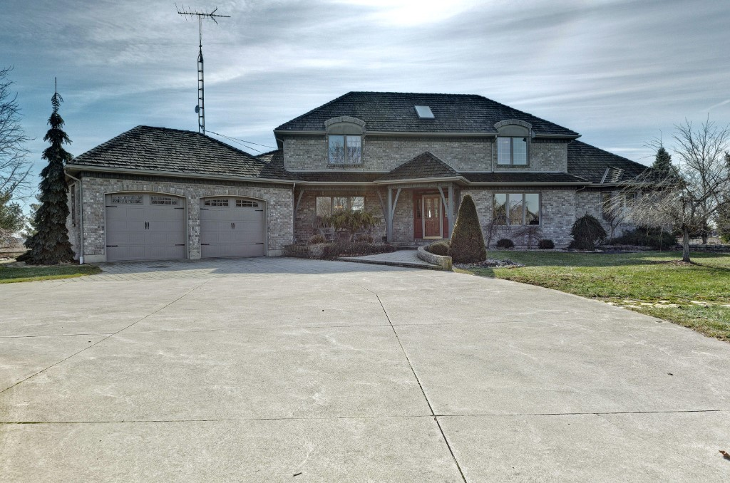 9700 fairview line, Chatham Township Ontario, Canada