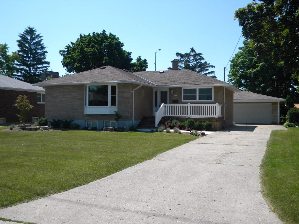 569 berkshire rd, Sarnia Ontario, Canada