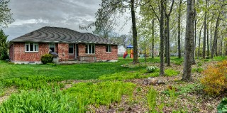 6801 old mill rd, Plympton-Wyoming Ontario, Canada