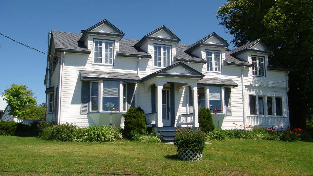 18722 loyalist parkway (highway 33) other, Hillier Ontario, Canada
