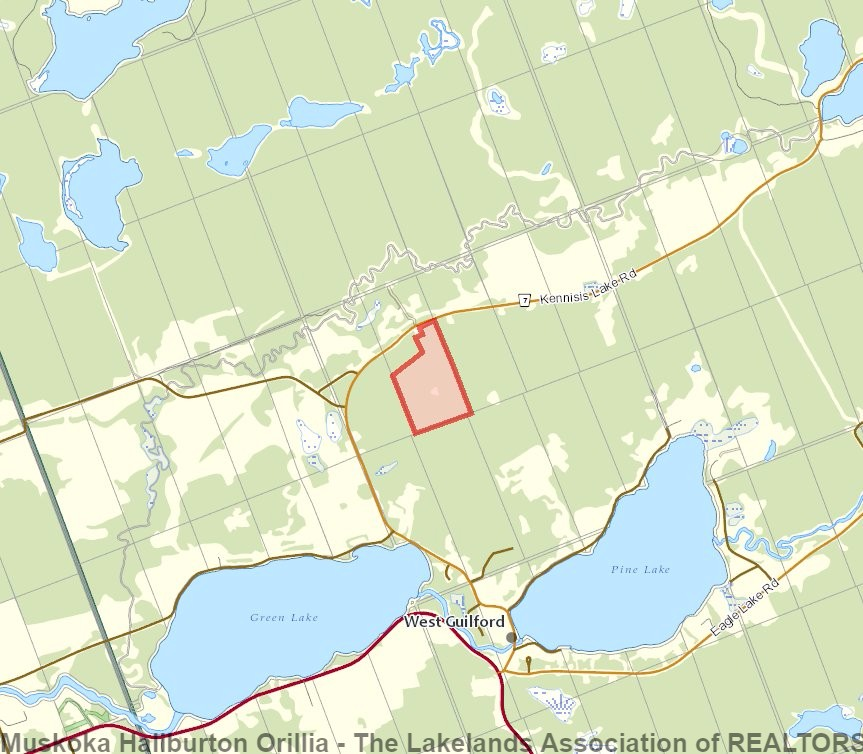 1110 KENNISIS LAKE RD, West Guilford Ontario, Canada