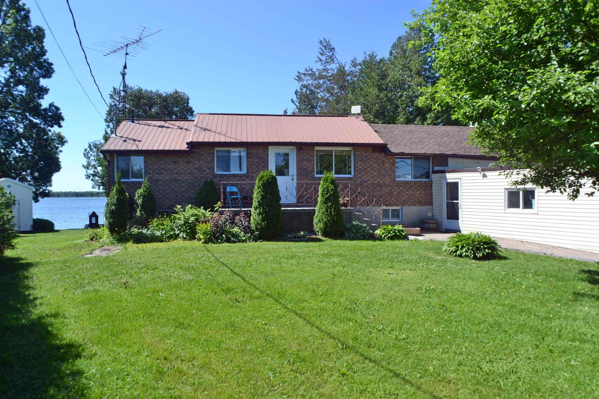 327 Red Cedar Point Road, Stone Mills, Ontario, Canada