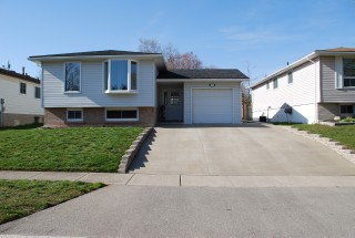 11 scott rd, Cambridge Ontario, Canada